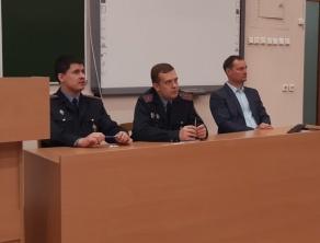 Представители ОГИМ Крук С.С., Ивановский А.А. и начальник ОМС Гурнович М.Н.