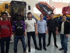 Экскурсия для иностранных студентов в учебно-выставочный павильон