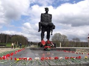 Хатынь: символ вечной памяти и скорби белорусского народа
